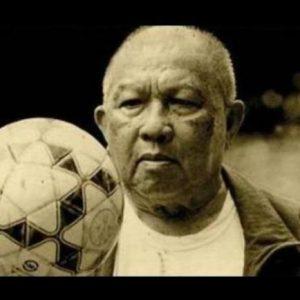 Opa Mangindaan, Legenda Sepakbola Pendiri PSSI